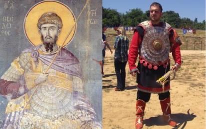 Σύγχρονη αναπαράσταση αξιωματικού της του 13ου αιώνα από την Ελληνική Εφιπποτοξοτική Εταιρία. Ο θωράκιση και η στολή είνααι ευγενική χορηγία της hellenicarmors.gr