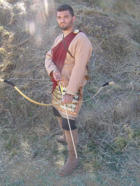 Modern reconstruction of an 8th cent viglatoras from the Hellenic horseback archery society.based on frescoes from Cappadocia.